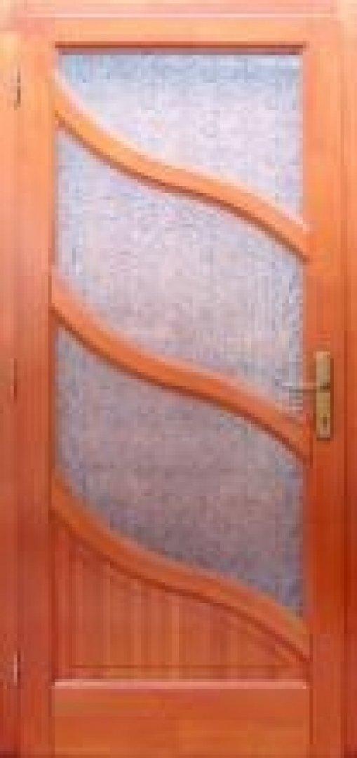 Borovi fenyőből készült beltéri ajtó